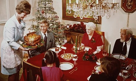 retro christmas dinner tips for keeping the peace at Christmas dinner
