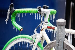 Top10: A bicycle is covered with ice after freezing rain in Toronto