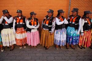 Top10: Aymara women traffic at a training session in El Alto, Bolivia.