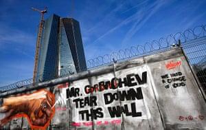 Graffiti: Graffiti at the construction site of the ECB