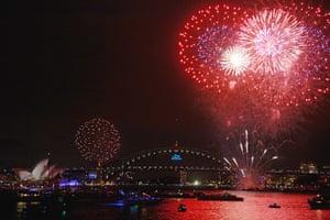 NYE in Australia: The firework display begins over Sydney Harbour