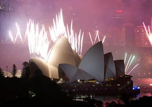 NYE in Australia: Fireworks are launched from the roof of Sydney Opera House
