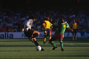 old players: Soccer - Rene Higuita and Roger Milla