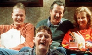 Michael Caton as Darryl Kerrigan (second right) with his family in 1997's The Castle