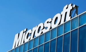 The Microsoft logo is seen at their offices in Bucharest in this file photo from March 20, 2013. Microsoft Corp said October 24, 2013 its fiscal first-quarter profit rose a greater-than-expected 17 percent, as strong sales of its Office and server software to businesses offset weakness in its flagship Windows system.        REUTERS/Bogdan Cristel/Files  (ROMANIA - Tags: BUSINESS SCIENCE TECHNOLOGY LOGO) :rel:d:bm:GF2E93K117I01