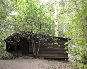 Cool Cottages:Gloucest: Log Cabin, Churcham