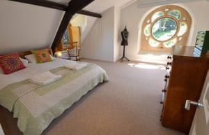 Cool Cottages:Gloucest: Old Chapel, Slad