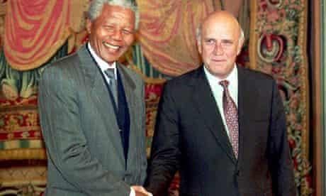 Nelson Mandela shakes hands with then South African president FW de Klerk in 1993
