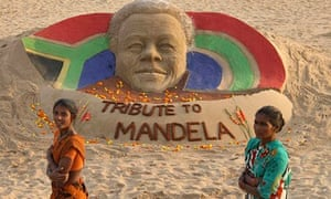Sand sculpture paying tribute to former Nelson Mandela
