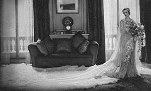 Margaret, Duchess of Argyll in her wedding dress, 1933