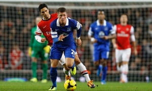 Arsenal's Mikel Arteta chases Ross Barkley.