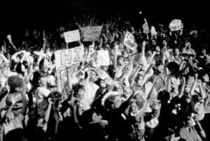 Duran Duran: Fans and their placards, US, 1984