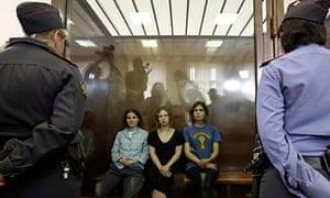 jailed pussy riot released kremlin amnesty