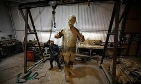 Nelson Mandela Statue Being Completed At The Foundry