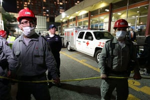 Mexico explosion: Authorities block the access to the affected zone of the Pemex headquarters