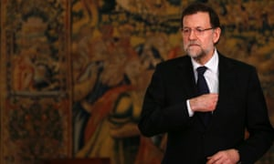 Spain's prime minister Mariano Rajoy has faced calls to resign after allegations that he and other members of the ruling PP took illegal cash payments.