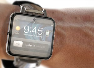 Apple iWatch: This concept was designed by Antonio DeRosa