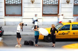 Your Pictures - Glamour: new york taxi with woman photographer and model