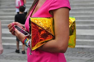 Your Pictures - Glamour: woman with pink dress holding metallic clutch bag