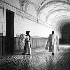White Monks: Monastery of San Isidro de Dueñas, Palencia
