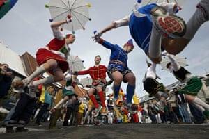 20 Photos: Carnival Revellers Celebrate Rose Monday