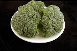 200 calories gallery: Broccoli