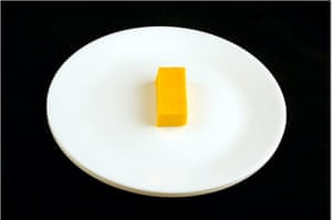 200 calories gallery: Cheddar Cheese