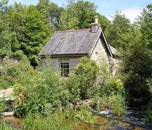 south cornwall: Office Cottage, Kennall Vale
