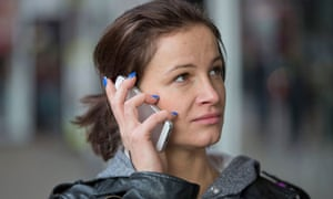 4G auction smartphones mobile broadband speed