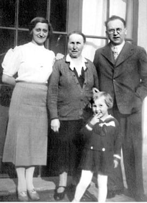 Helga Weiss family