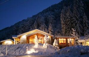 Unusual hotels: Husky-Lodge