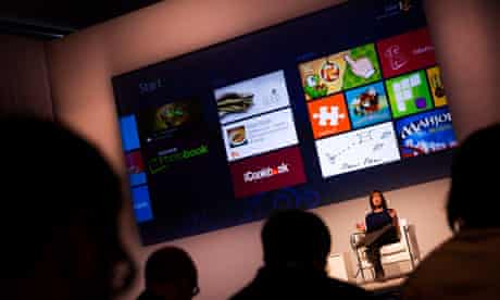 mwc mobile world congress stage with audience