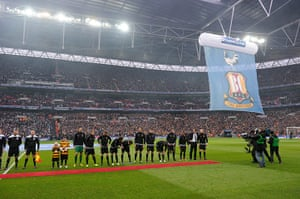 Capital One Final 7: The Bantams and their mascots line up before kick-off