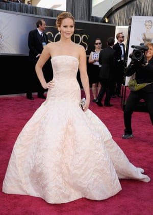 Jennifer Lawrence arrives at the Oscars