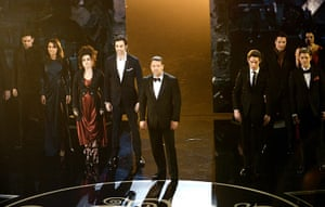 Oscar Ceremony 2013: And here's the cast of Les Mis singing a medley