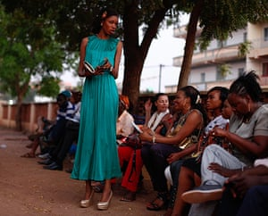 FTA: Nic Bothma: Women wait for a screening outside Cinema Burkina in Ouagadougou