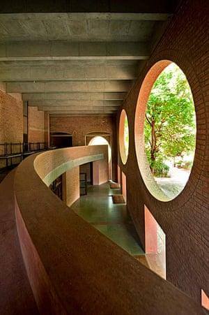 Louis Kahn: Indian Institute of Management, Ahmedabad