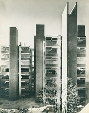 Louis Kahn: Alfred Newton Richards Medical Research and Biology Building