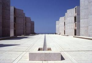 Louis Kahn: Salk Institute in La Jolla, California