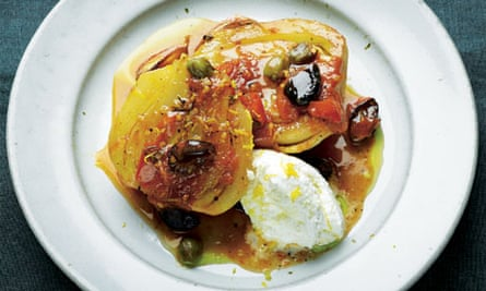 Braised fennel with capers and olives
