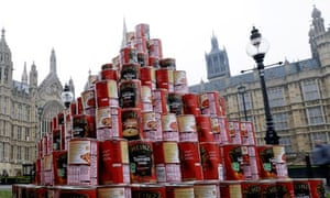 Soup can pyramid