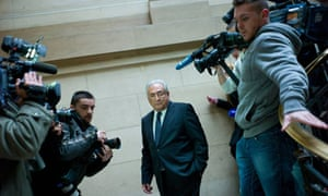 Dominique Strauss-Kahn Paris Court Belle Et Bete
