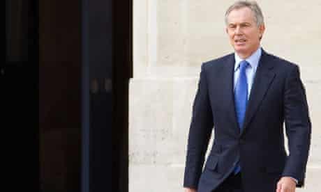 Blair meets Hollande in Paris