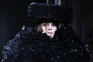 Paris fashion week 2013: Gareth Pugh- Runway - PFW F/W 2013