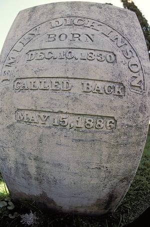 Ten best: Massachusetts. Amherst. Emily Dickinson'S Gravestone.
