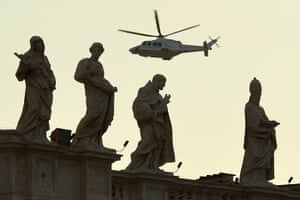 The Pope's last day: The helicopter with Pope Benedict XVI ab