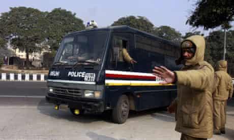 Delhi gang rape accused arrive at Saket district court