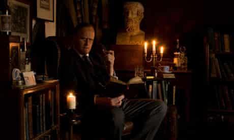 Robert Lloyd Parry as MR James