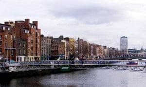 MILLENNIUM Bridge/Dublin
