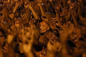 20 Photos: Hindu holy men of the Juna Akhara